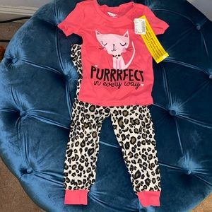 New with tags The Children's Place pajama set